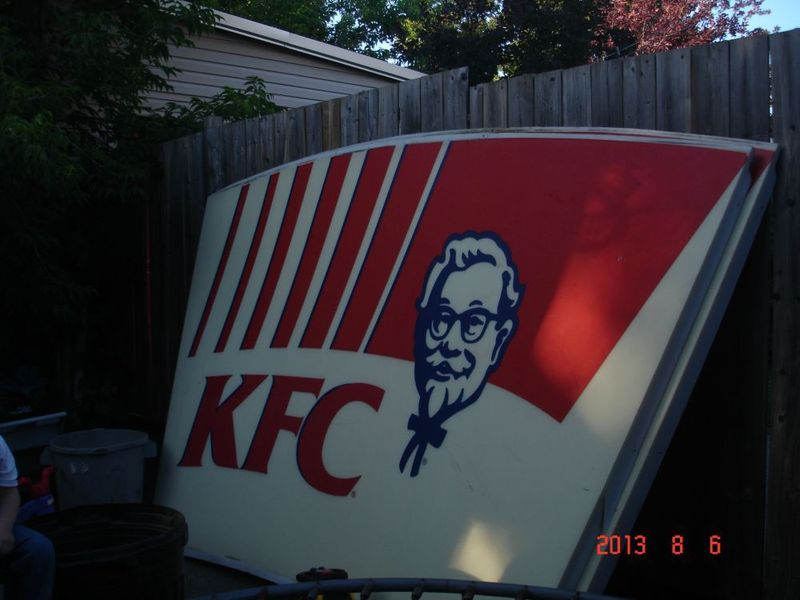 Funny Kfc Signs: You Suck At Kijiji: Funniest, Best, Worst