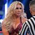 Charlotte Flair vai precisar de cirurgia e ficará afastada