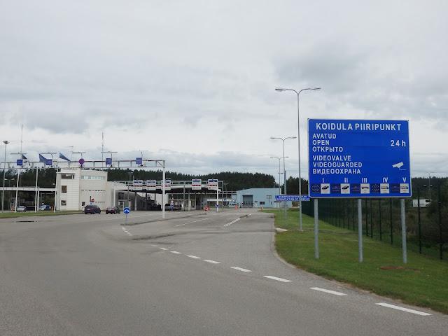 Widok na kontrolę graniczną po stronie estońskiej.