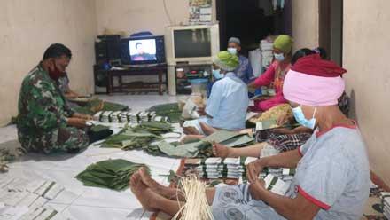 Babinsa Bangkitkan Semangat UMKM Desa Wonotopo