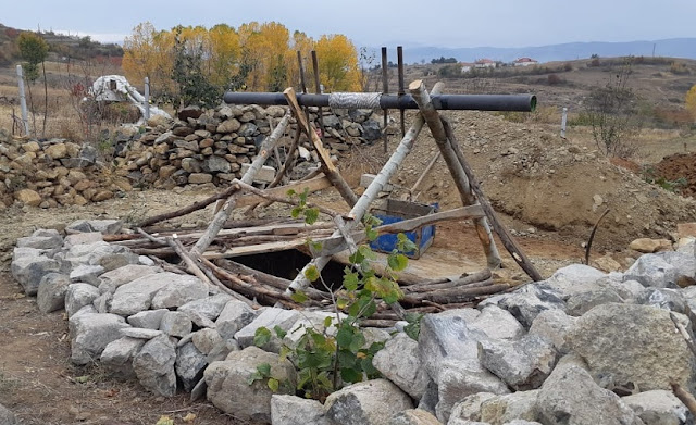 70-year old farmer fell in 50 meter deep well in Korça