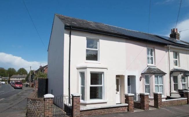 2 bed house, Adelaide Rd, Chichester