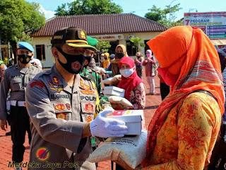 Dapur Umum TNI-Polri Peduli Covid-19 Polres Jepara