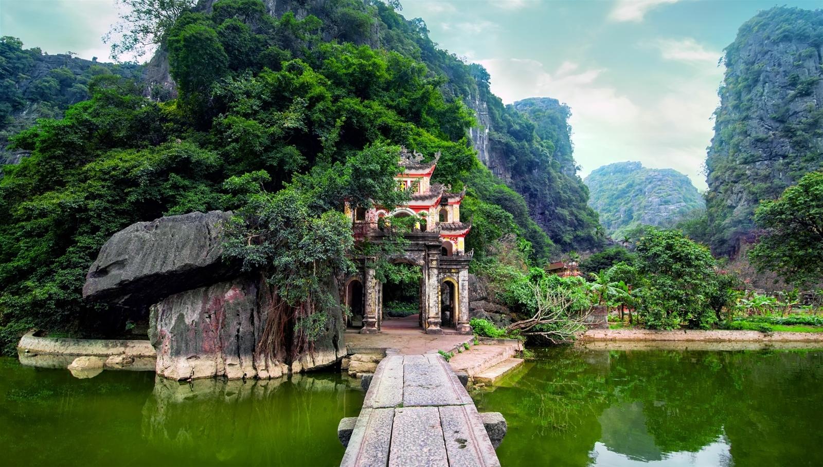 Tam Cốc- Kinh nghiệm du lịch Ninh Bình