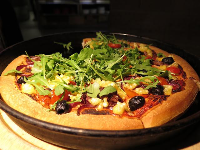 Vegan Pizza Hut, Heavenly Veg, Violife cheese