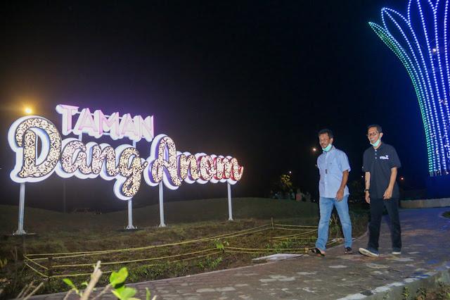 Taman Dang Anom Lengkapi Suasana Malam Batam Makin Memesona