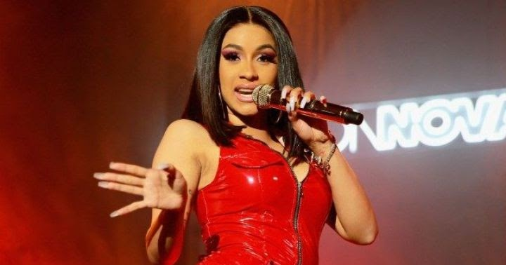 Cardi B Offers Fan Free Tickets For Life After Getting: Cardi B Apologizes For Alleged Snub, Offers Explanation