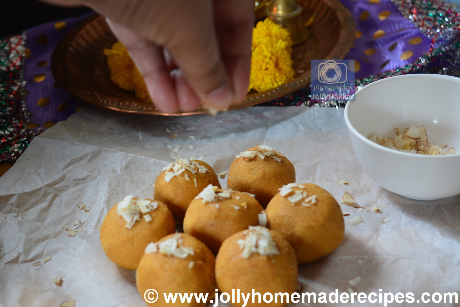 How to make Besan Atta Laddu Recipe