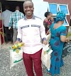 COVID-19: Pastor Donates Food Items, Cash To Church Members (Photo)