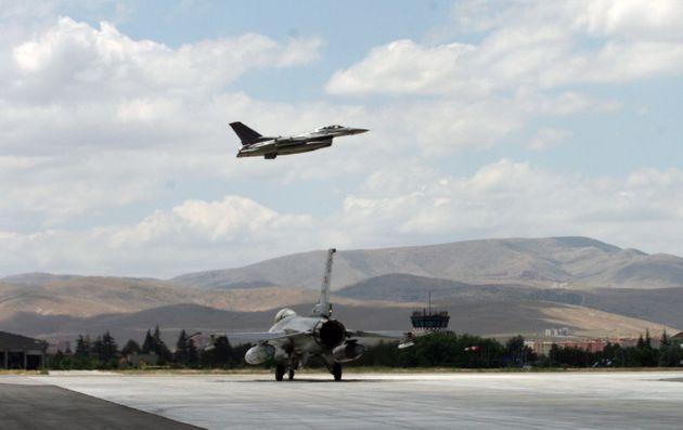 Στα ύψη η τουρκική προκλητικότητα στον αέρα τον Αύγουστο