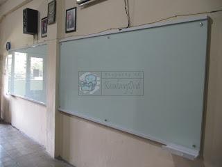 Jual GlassBoard Papan Tulis Kaca Interior Sekolah - Furniture Semarang