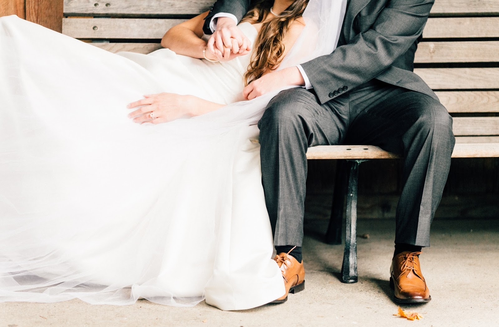 Romantic Washington State Fair Wedding Photographed by Something Minted
