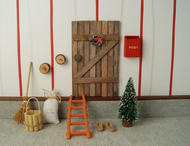 Unsere drei dänischen Adventskalender. Unsere Kinder lieben die dänische Wichteltür und unseren Weihnachtswichtel.