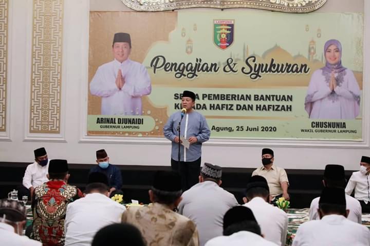 Nanang Ermanto Hadiri Pengajian dan Syukuran Serta Pemberian Bantuan Kepada Hafizh dan Hafizah yang digelar Pemprov Lampung