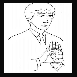 Mão em C na palma da outra mão
