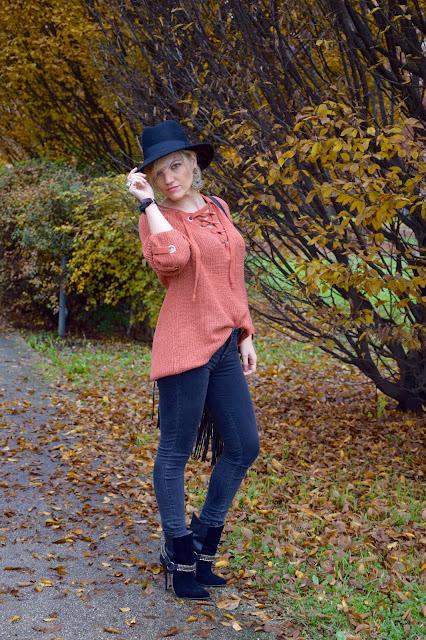 maglione color mattone come abbinare il color mattone maglione arancione abbinamenti arancione outfit novembre 2016 outfit invernali mariafelicia magno fashion blogger colorblock by felym fashion blog italiani fashion blogger italiane blogger italiane di moda web influencer italiane