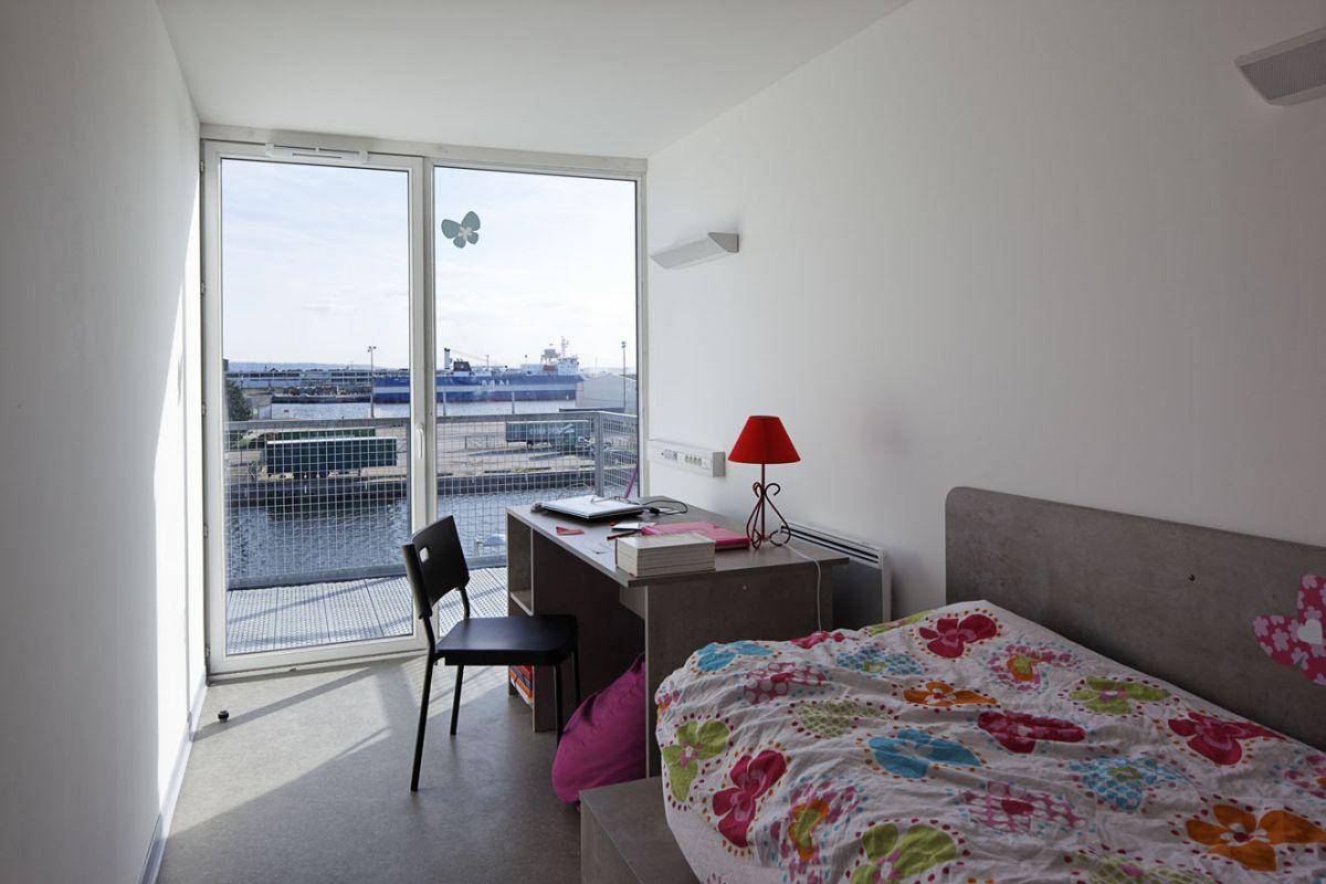 College Apartment Bedroom Cozy