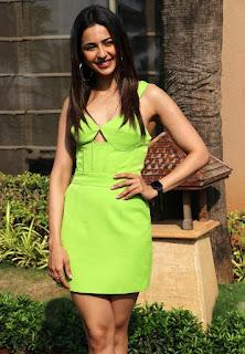 Beautiful Indian Girl Rakul Preet Singh Long Cross Legs In Green Top (6)