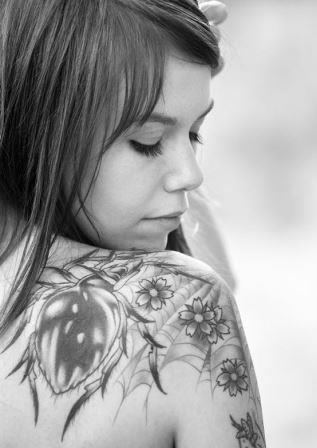 Tato Keren Di Tubuh Wanita 14