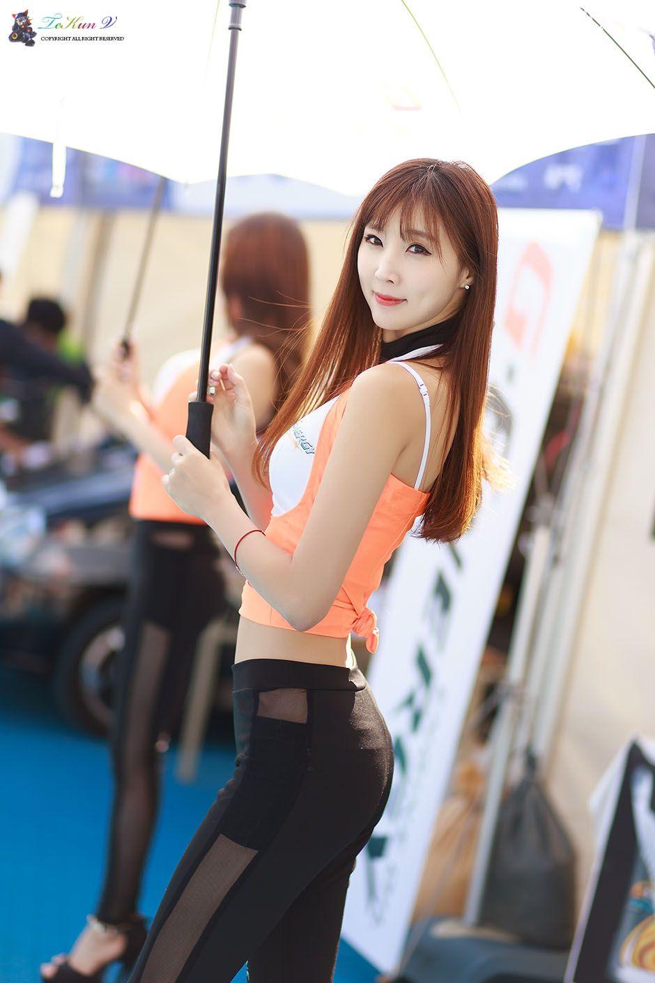 Image-Korean-Racing-Model-Lee-Yoo-Eun-Incheon-KoreaTuning-Festival-Show-TruePic.net- Picture-7