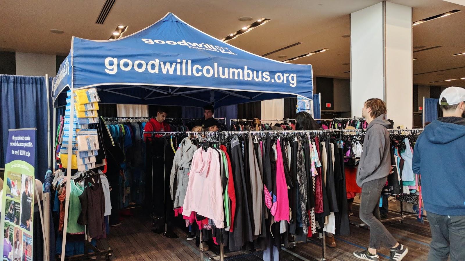 goodwill stand at columbus marathon expo