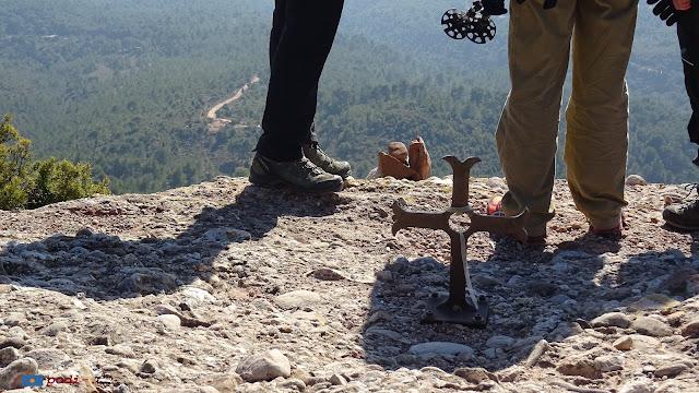 Montserrat. Creu a Sant Pau Vell