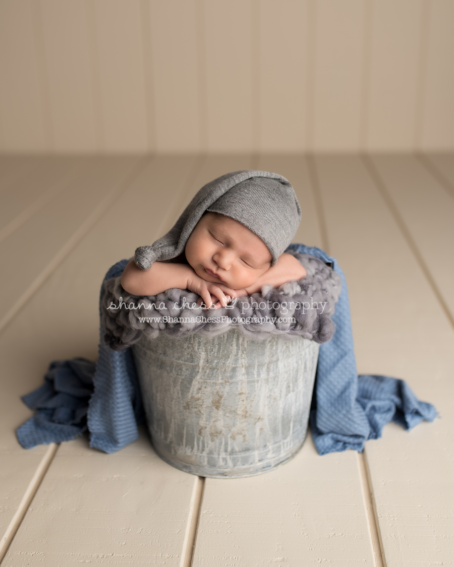 eugene oregon baby boy newborn photographer