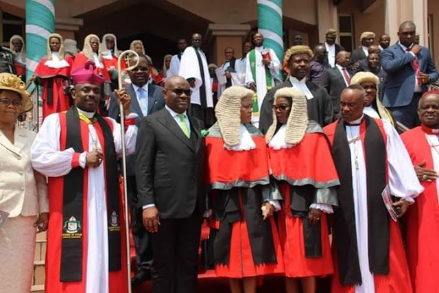 Governor Wike Pictured Praying In Church During Service For New Legal Year