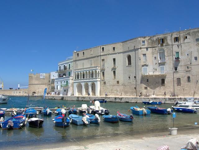 Monopoli, okolice Bari co zobaczyć?