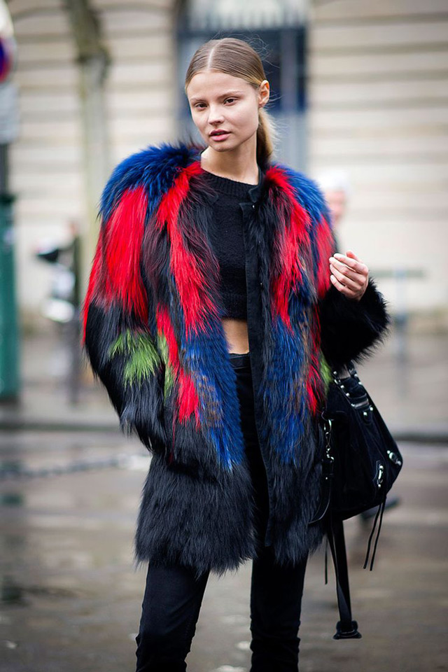 How to wear multi colored faux fur coat, winter 2014 big tend, paris aw 2014 street style