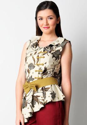 Model Baju Batik Motif Unik Wanita Modern terbaru
