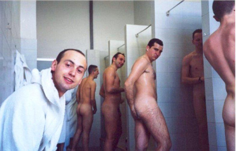 солдаты в бане ххх