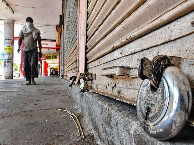 پنجاب نے عید کے بعد سخت لاک ڈاؤن ختم کرنے کا اعلان