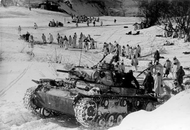 German troops attacking toward Demyansk, 21 March 1942 worldwartwo.filminspector.com