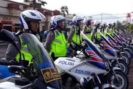 Pengemudi Yang Ingin Membeli Lisensi Polisi Akhirnya Mendapatkan SIM Gratis