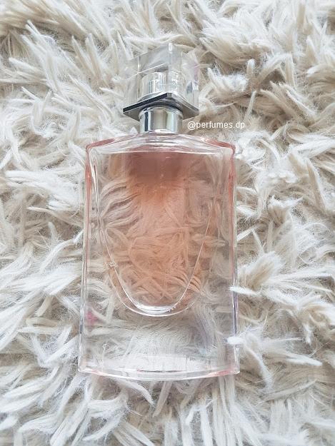 Perfume-la-vie-est-belle-florale