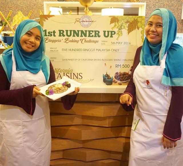 Blogger Kembar Ayue Idris & Naomie Serasi Di Dapur