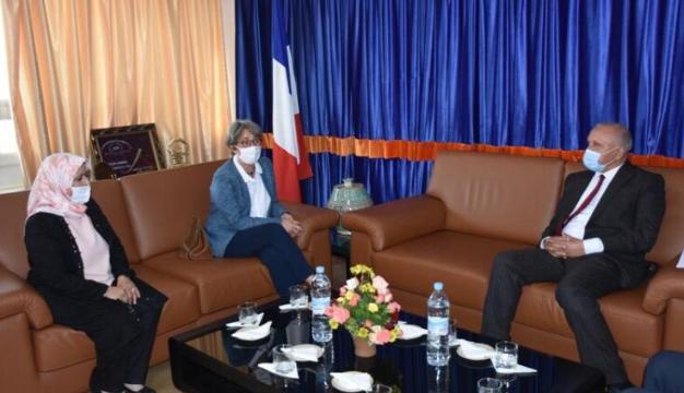 القنصل العام الجديد لفرنسا بأكادير تحل ضيفة على جماعة المدينة.