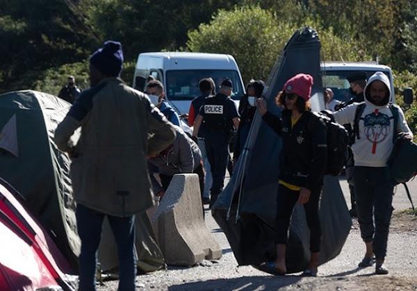 Migrants : à Calais, 867 camps ont été démantelés… en moins d'une année