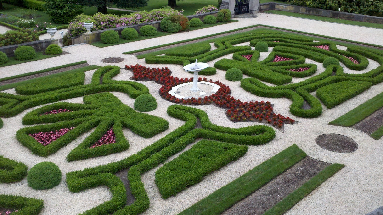 The Garden Plot: A visit to world-class gardens in our ...