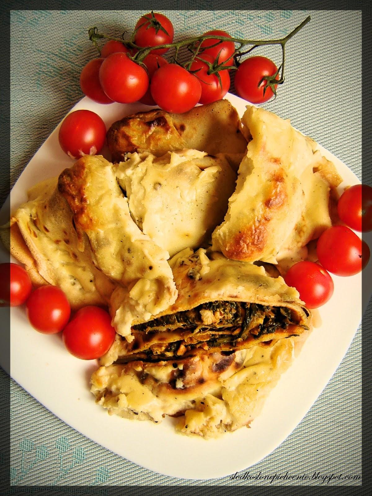 Naleśniki z kurczakiem i szpinakiem zapiekane pod beszamelem