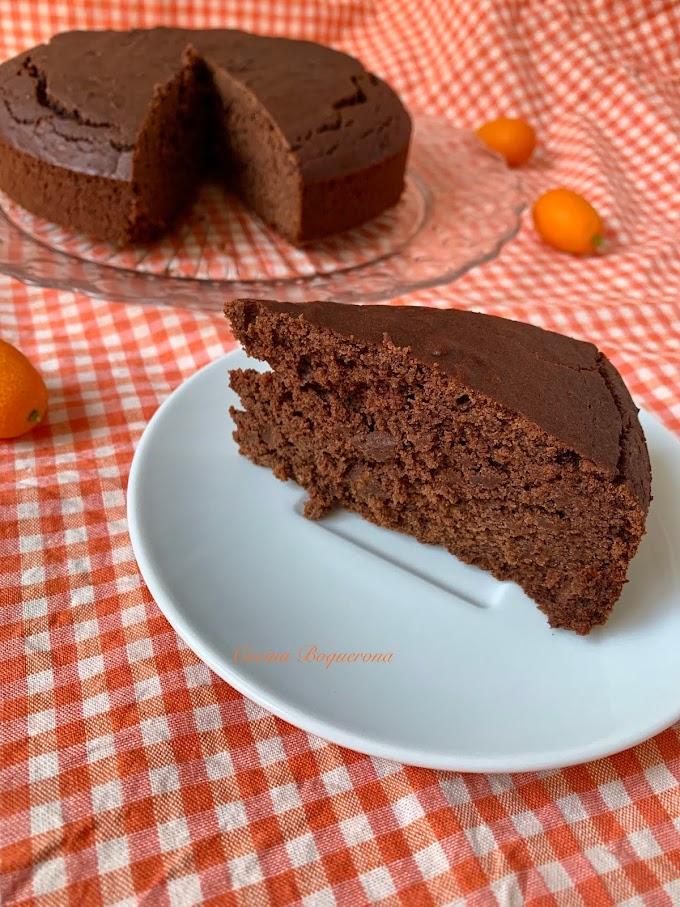 Bizcocho de kumquats y chocolate vegano y sin gluten