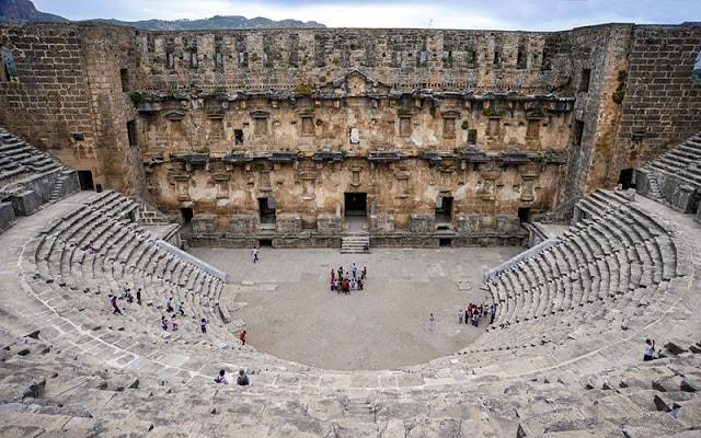 مسرح أسبندوس الروماني