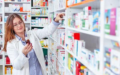 Pengelolaan Obat dan Perbekalan Kesehatan Di Apotek