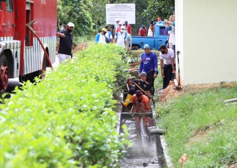 Siap Sambut Penghuni Baru, Rusun BP Batam Sekupang Laksanakan Gotong Royong