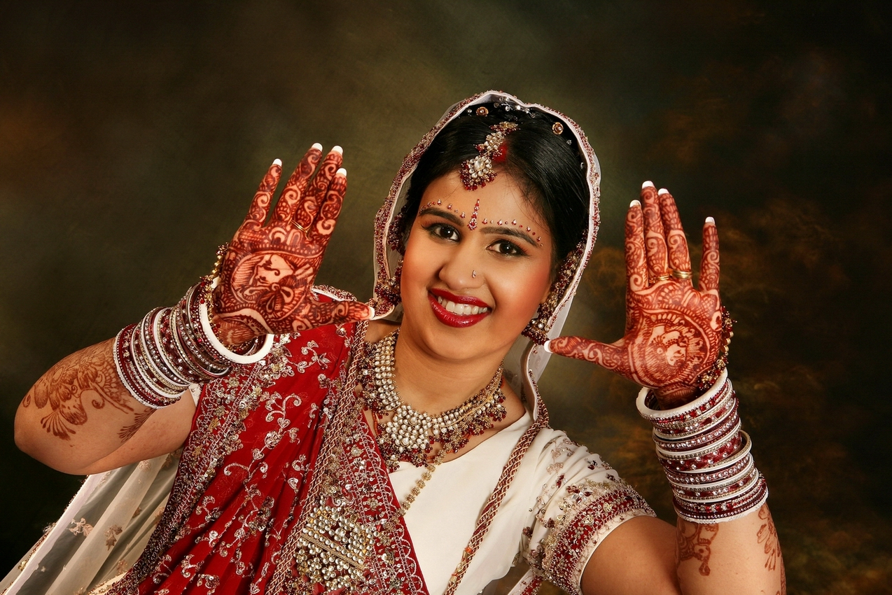 Gujarati Indian Wedding Bridal Makeup and Hair Style