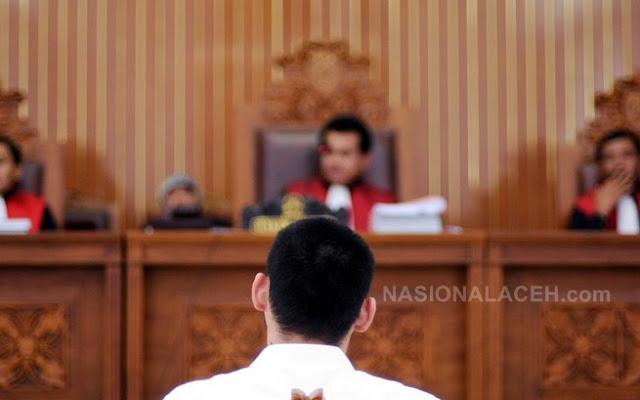 Pemuda China Pengedar Setengah Juta Pil Setan di Jakarta Lolos dari Hukuman Mati
