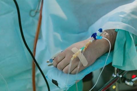 Hagyta szenvedni Down-szindrómás testvérét, aki belehalt betegségeibe – eljárást indítanak ellene