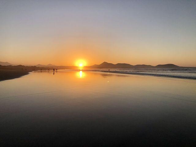 Atardecer_Playa_Famara_Lanzarote_Obe_Rosa_ObeBlog