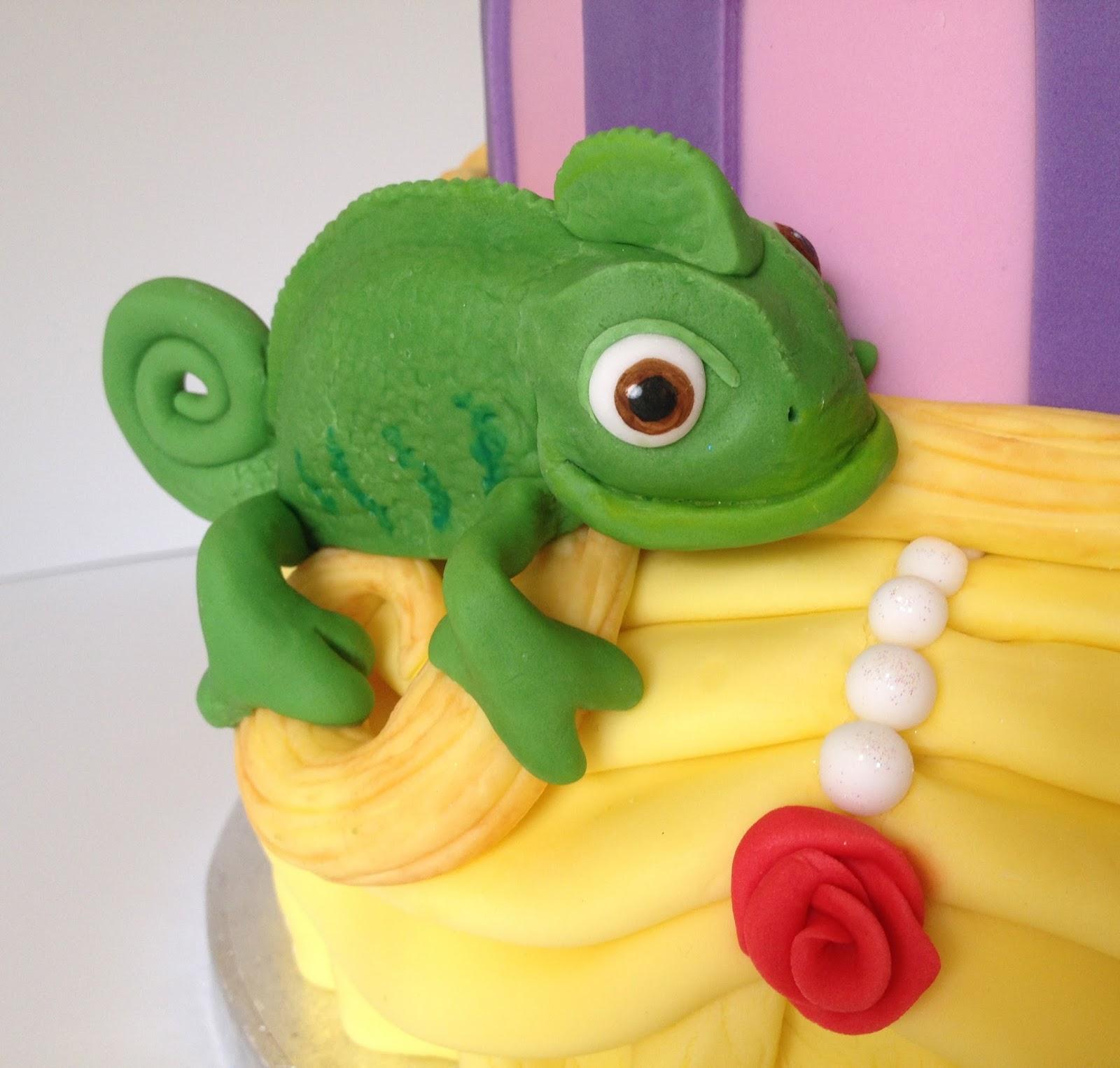Tangled Cake Topper